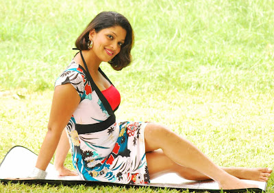 Thanuja Dilhani Hot Photos