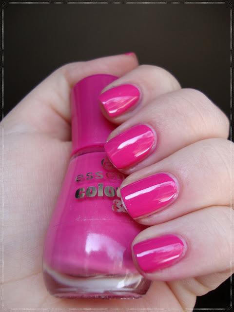 rozi lak za nokte