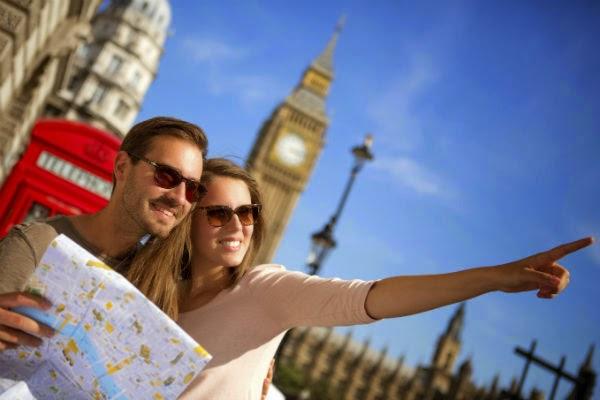 viajar-londres-london-mapa-pareja