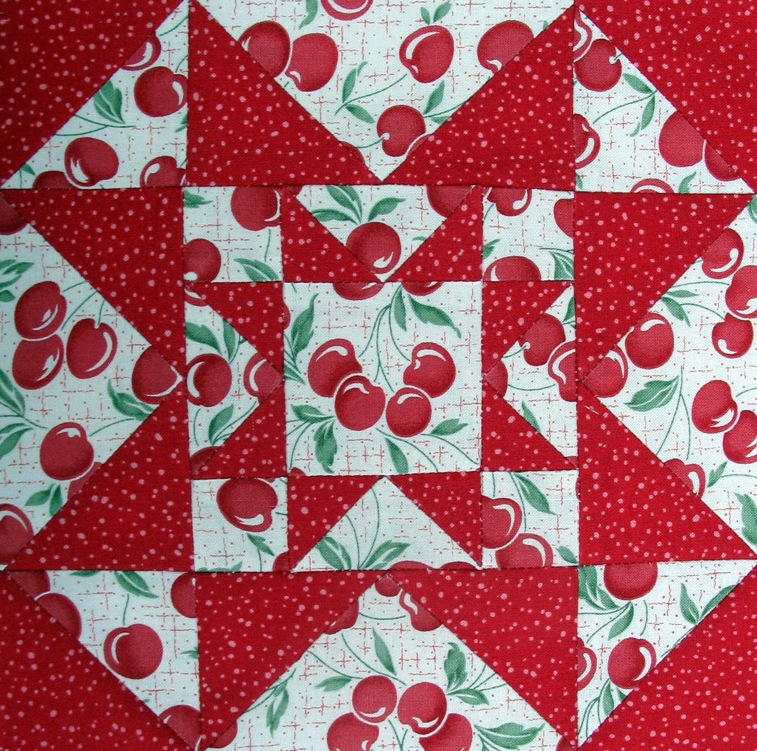 Starwood Quilter Eight Hands Round Quilt Block And Quilt Confession