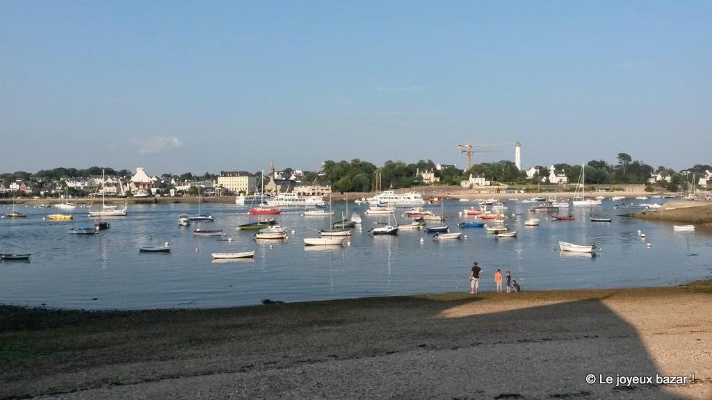 Bretagne - vue sur Benodet depuis Sainte Marine