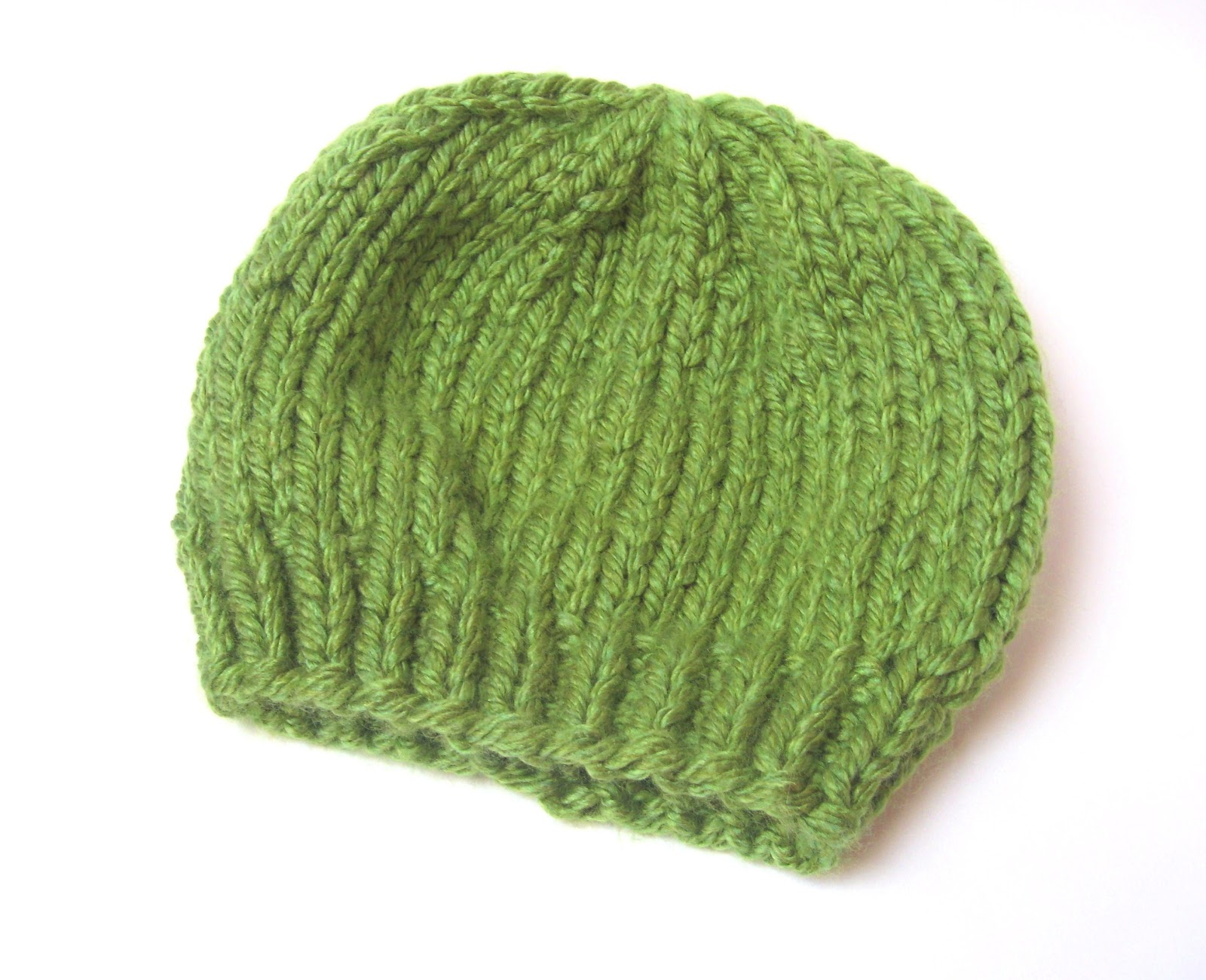 Simple Knitting Patterns : ... sass handknits: Free Knitting Pattern: Easy Chunky Knit Beanie Hat