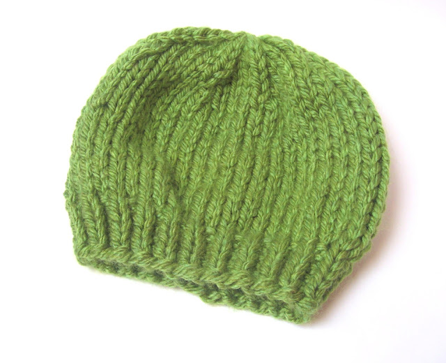 Free Knitting Pattern Hat Super Chunky : megan E sass handknits: Free Knitting Pattern: Easy Chunky ...