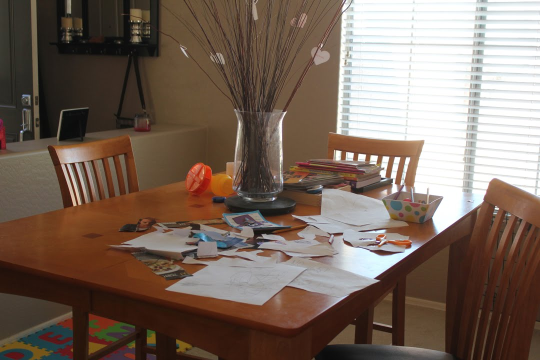 I Dont Have A Dining Room Table Anymore Ellas Art Station This Is Where She Colors Cuts Of Magazines Glues Writes Her Alphabet And Anything