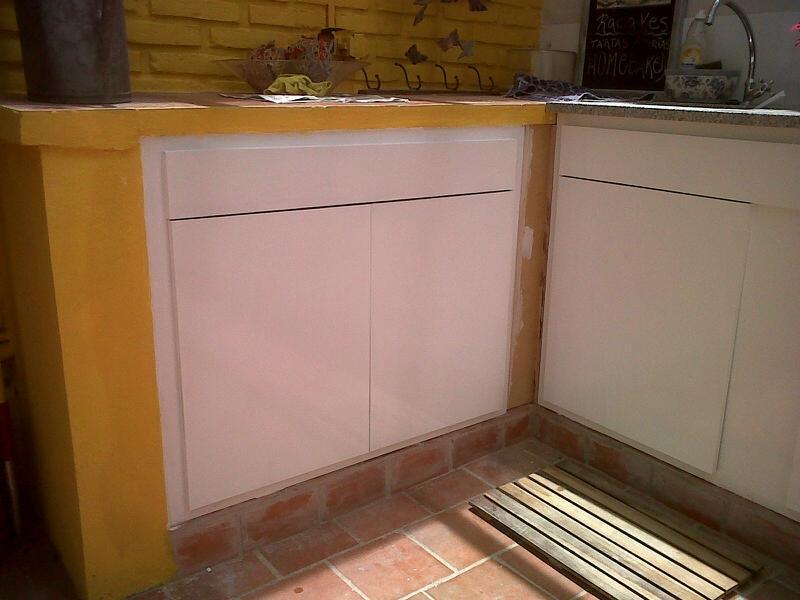 Tapa carpintero muebles de cocina for Hacer mueble bajo mesada