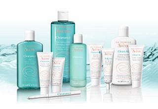 zestaw produktów do oczyszczania skóry Cleanance Avène