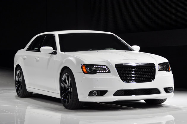 2013 Chrysler 300C SRT8 – ReviewsCarsNew