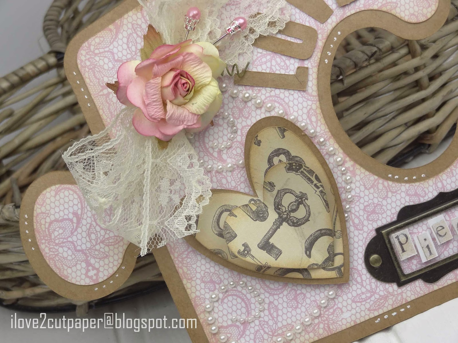 Puzzle valentine using Pazzles Inspiration Vue cutting machine