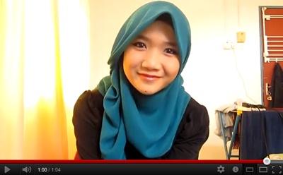 Cara Pakai Tudung Bawal Seperti Shawl Cara Pakai Selendang Najwa ...