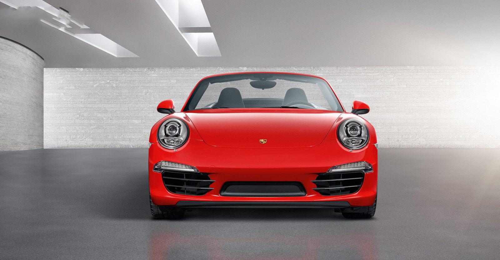 car in 2013-porsche-911-cabriole
