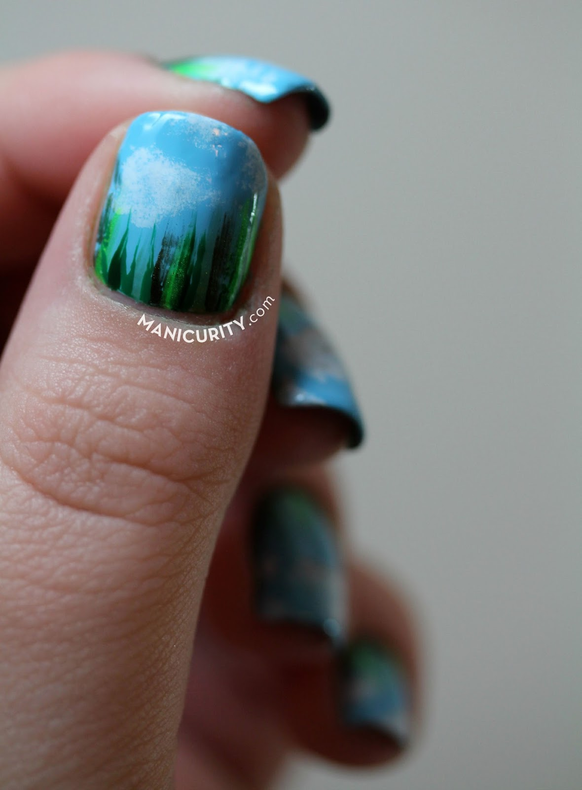 The Digit-al Dozen x #ThrowbackThursday Re-Do: Grassy Field Freehand 'Waterfall' Nail Art | Manicurity.com