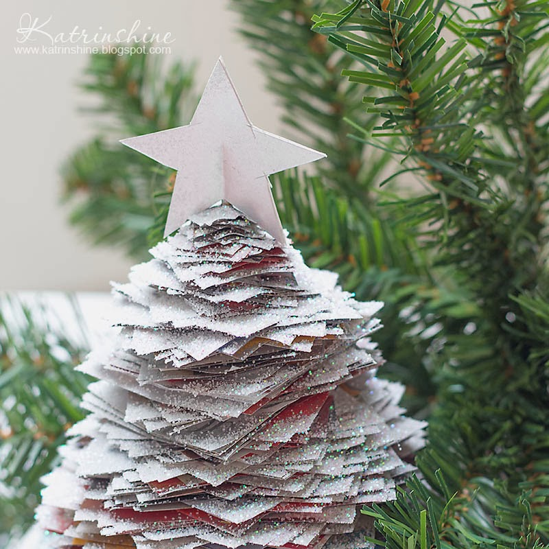 Decorate Christmas Tree On Paper: Katrinshine: Recycled Paper Christmas Tree DIY