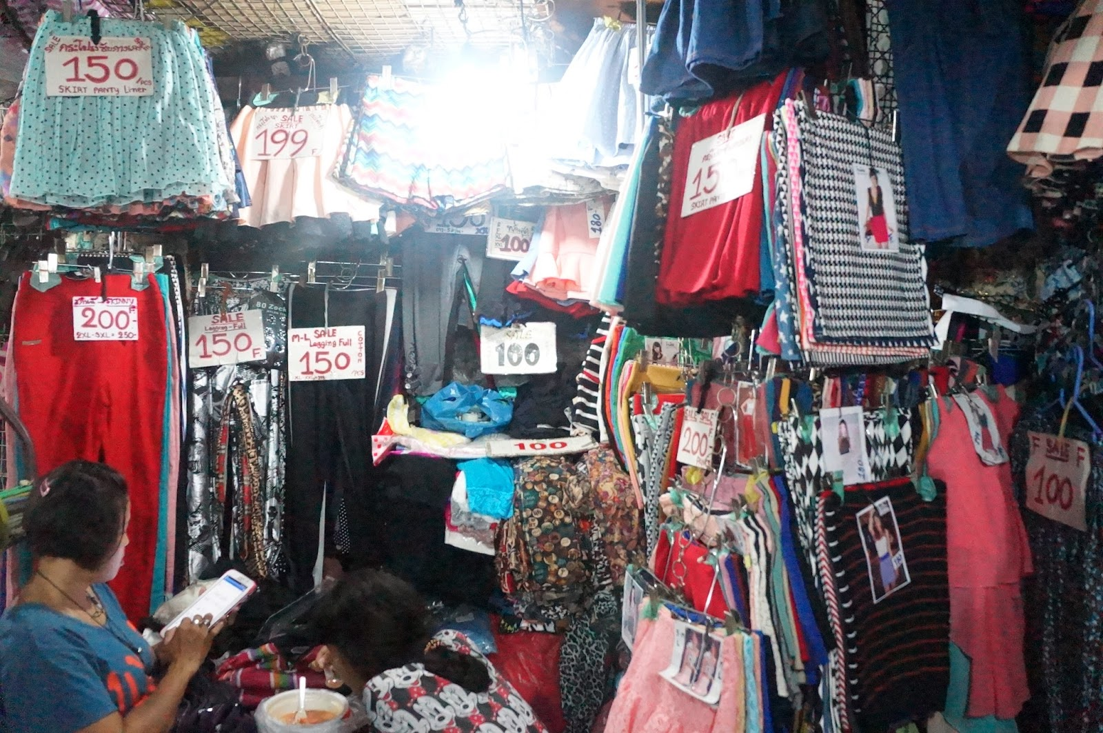 Bangkok Shopping Guide 2015 - The Only 5 Places You Need