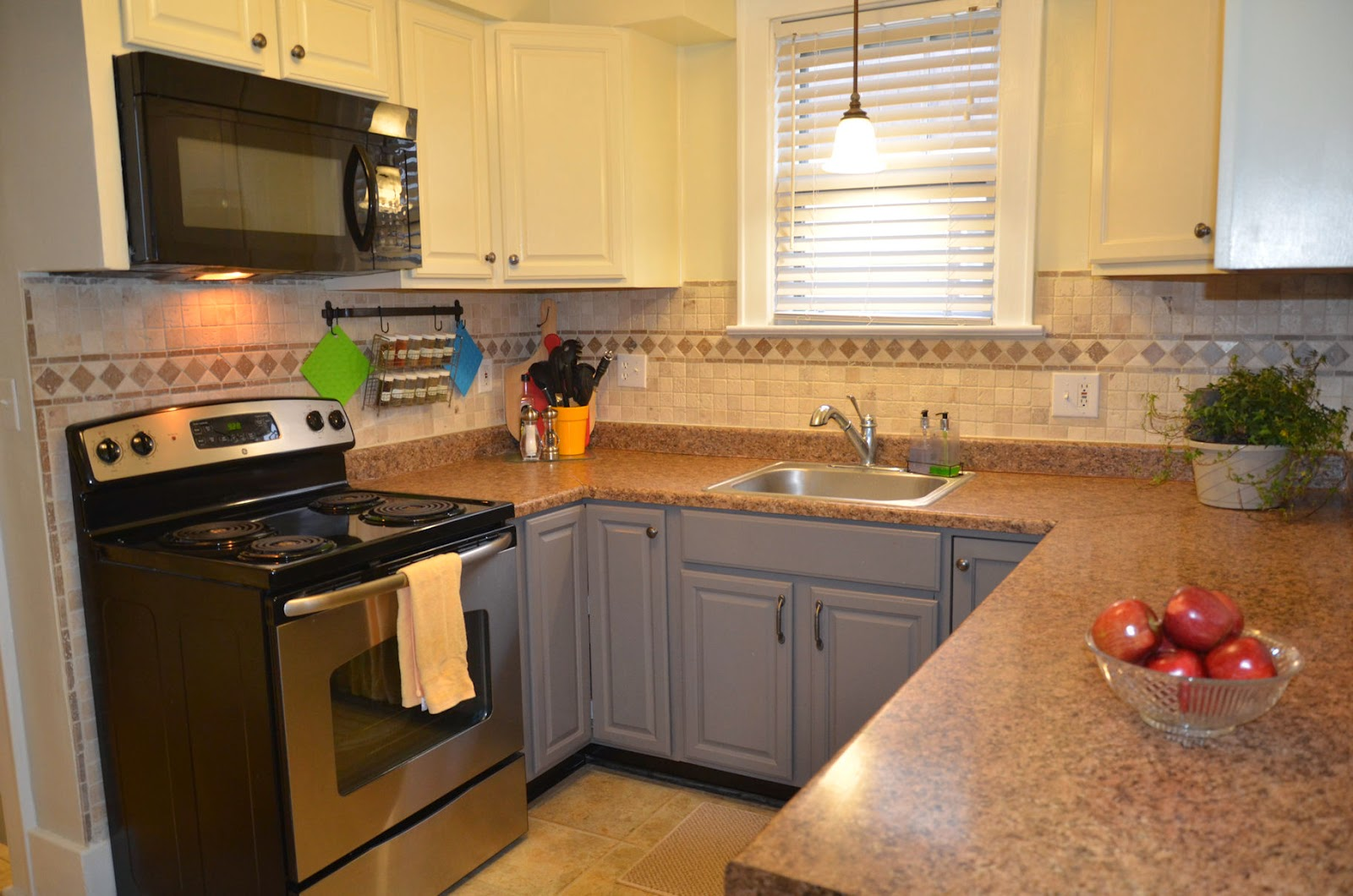 Our Kitchen and Butler's Pantry : To see more details regarding our