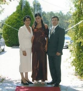 Mi cuñada, mi sobrina y mi hermano.