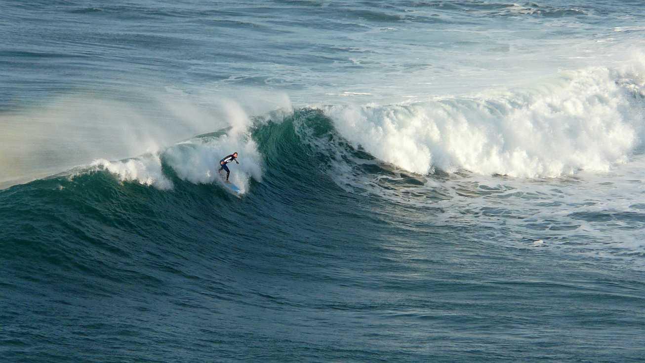 surf olas grandes menakoz 21
