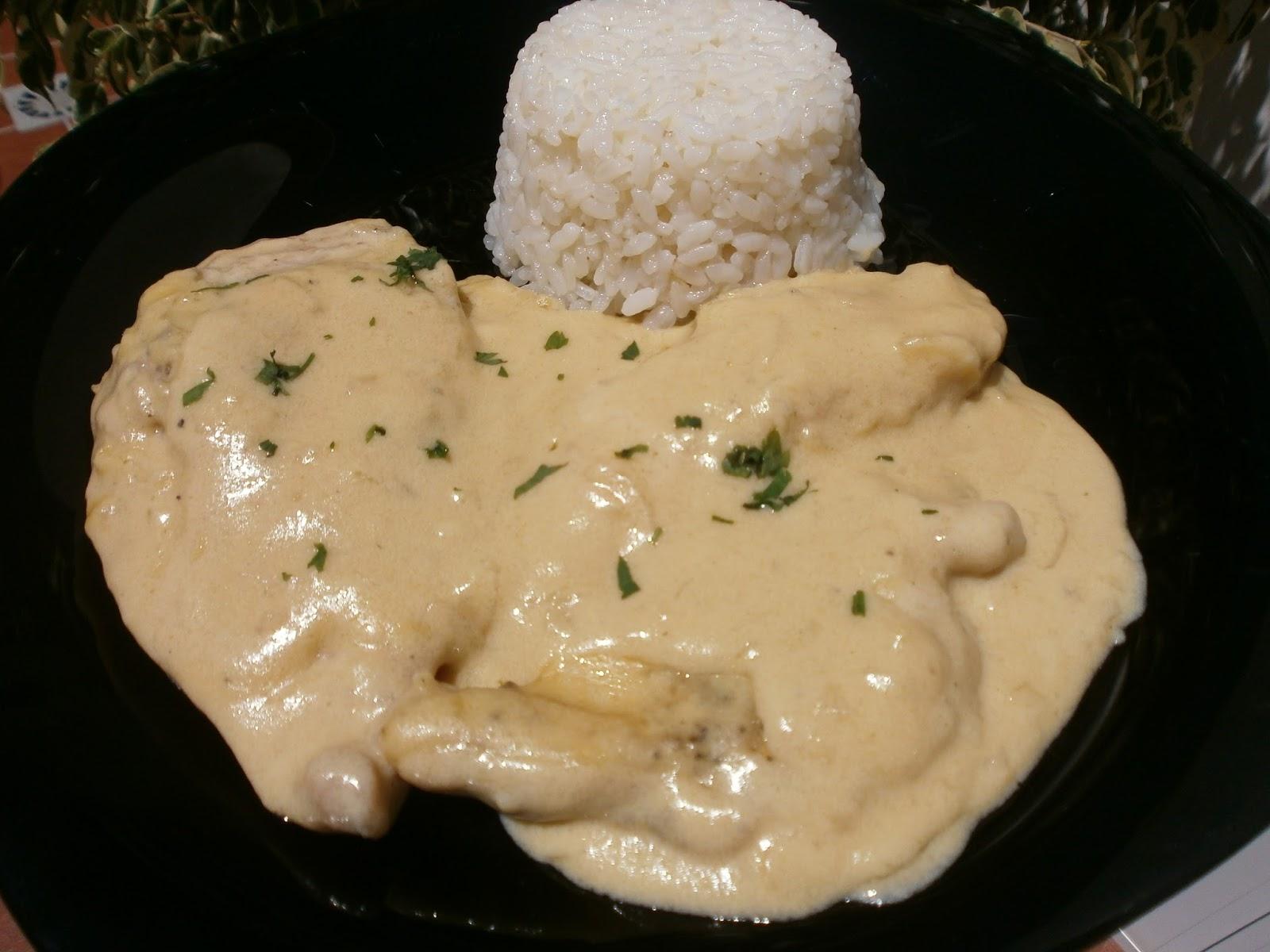 Luzmary y sus recetas caseras pechuga de pollo en salsa de cebolla - Salsas para pechuga de pollo ...