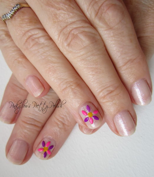 Gem-flower-nail-art.jpg
