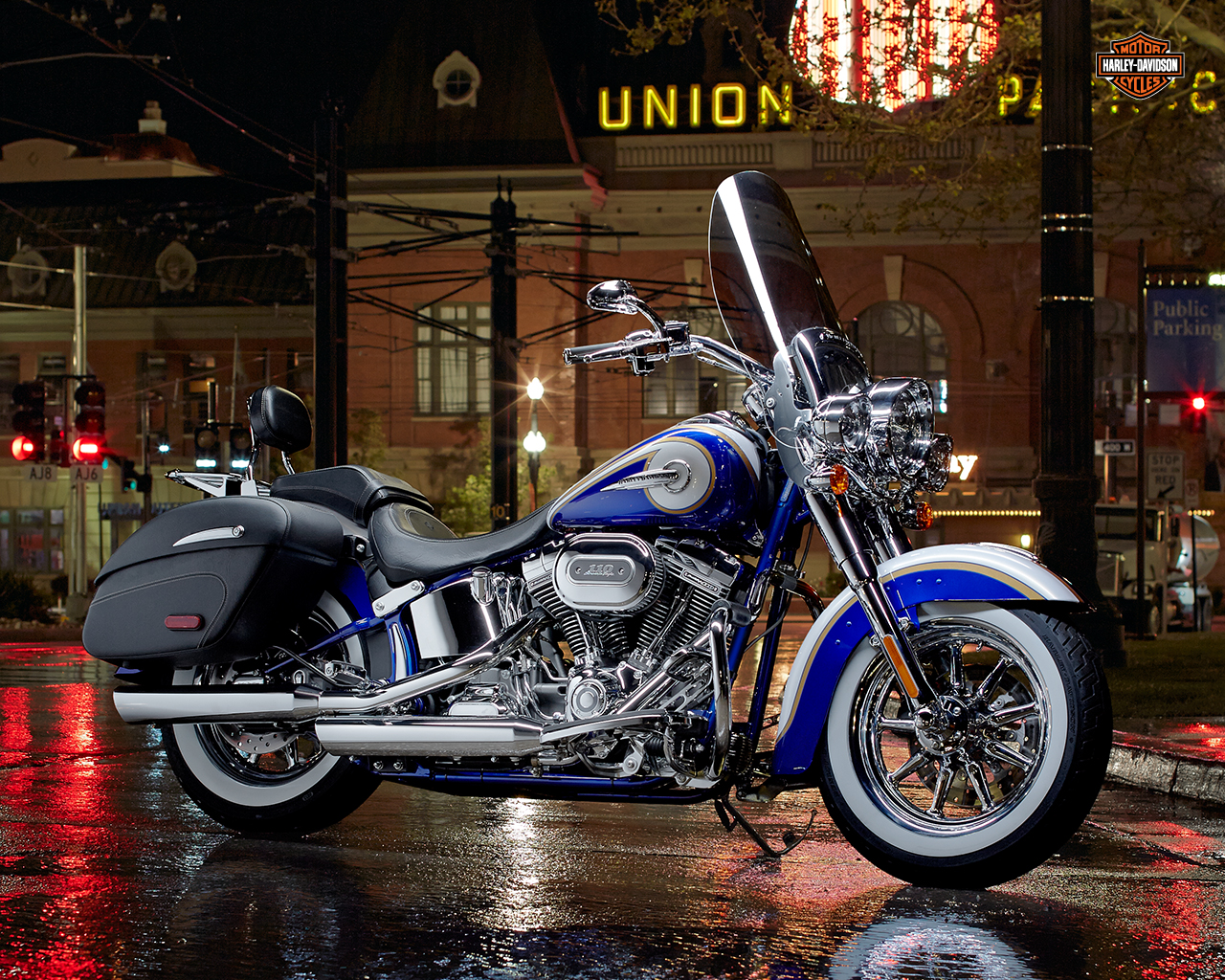 Harley davidson custom vehicle operation cvo 2014