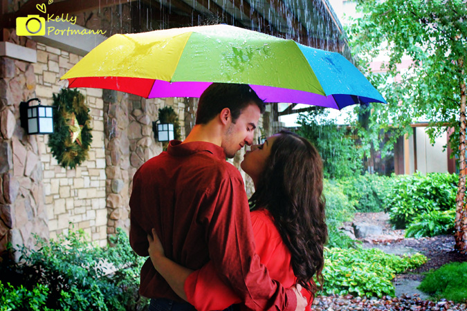 Engagement photos, Gaylord Texan Resort, Kiss in the Rain
