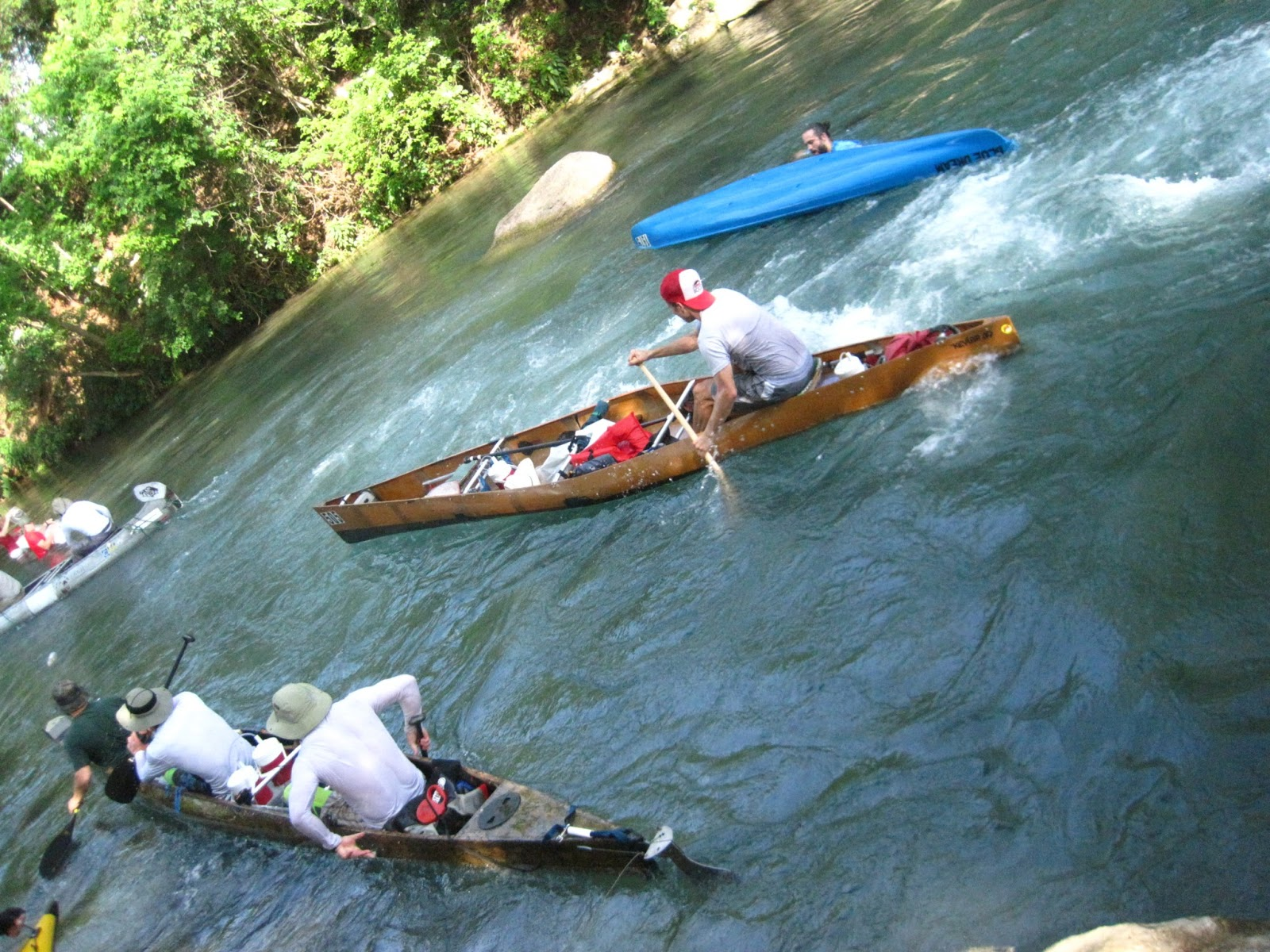 Red hits the rails world 39 s toughest canoe race for Rio vista fishing spots
