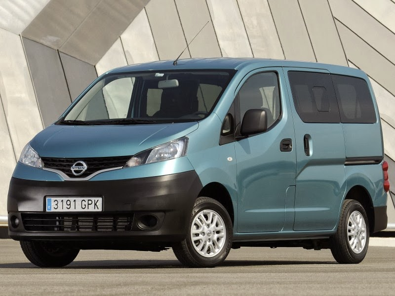 2014 nissan nv200 spyshots. Black Bedroom Furniture Sets. Home Design Ideas