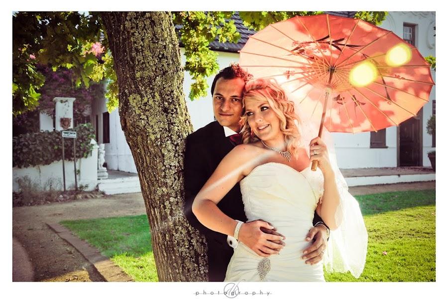 DK Photography Mari21 Mariette & Wikus's Wedding in Hazendal Wine Estate, Stellenbosch  Cape Town Wedding photographer