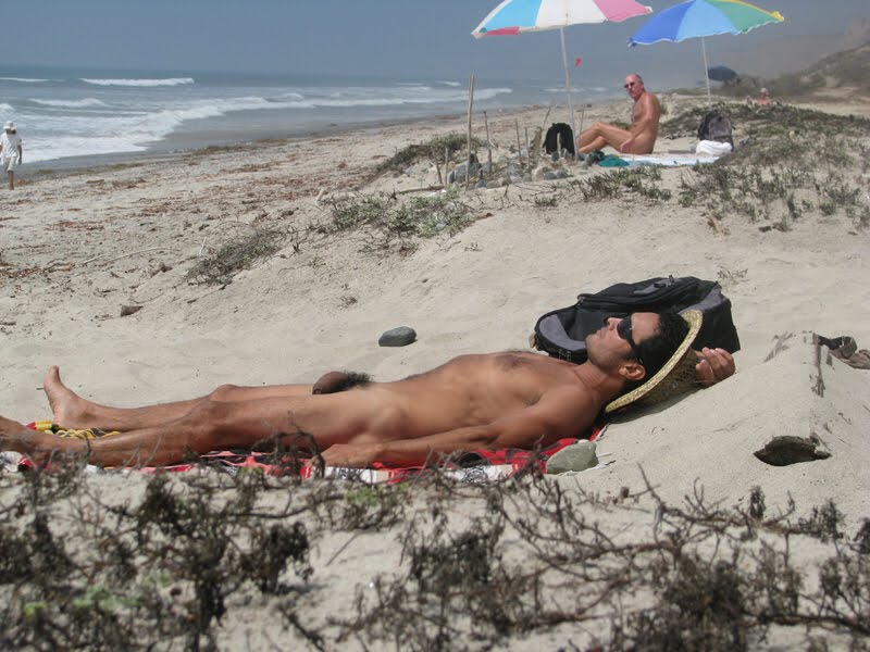 Men sunbathing naked
