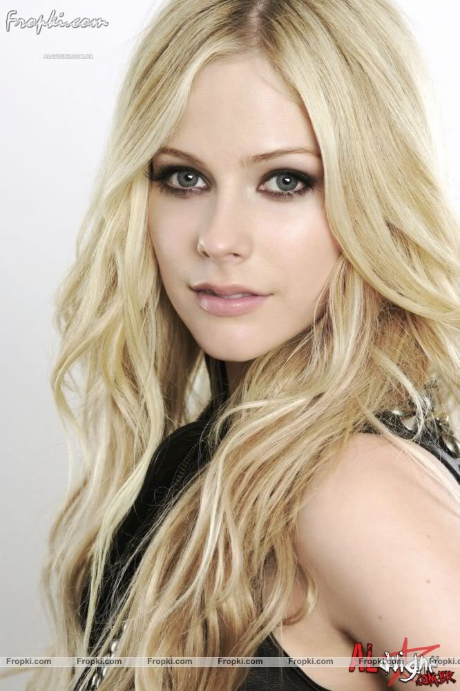 Beautiful Actress Portal: Avril Lavigne - Elle Quebec