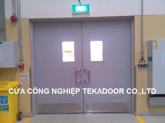 Cửa sắt thép chống cháy đa năng siêu việt Tekadoor