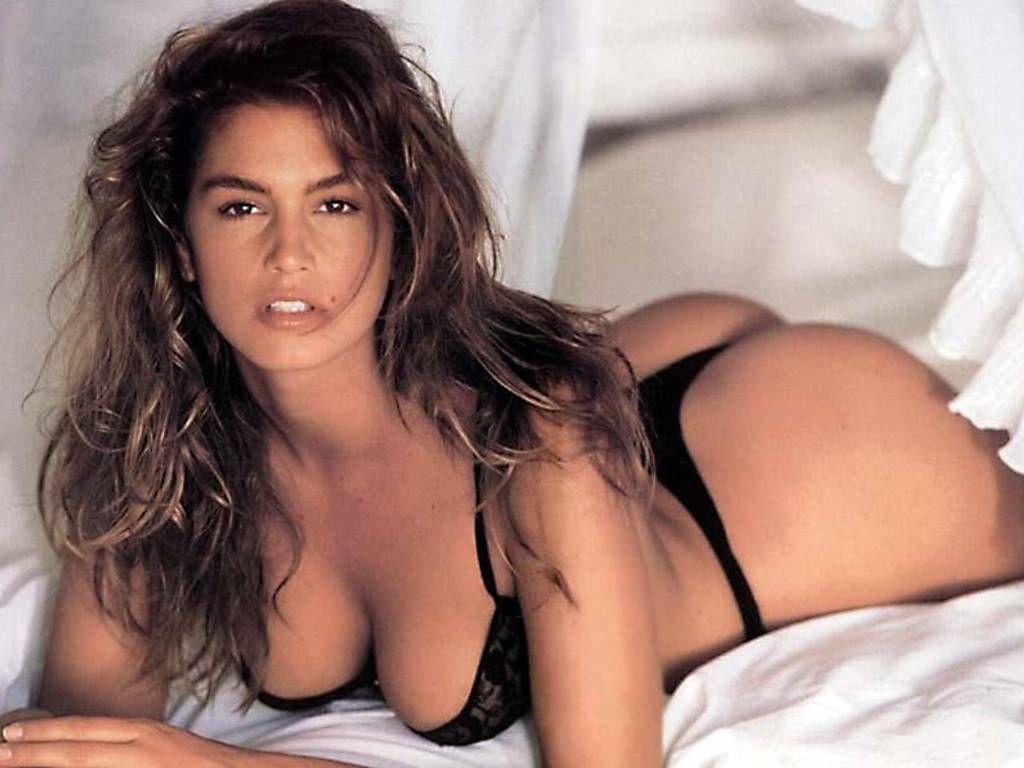 image Raphael shows her fuck skills on threesome hd porn vid