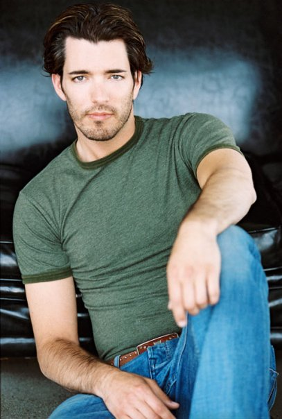 Favorite hunks other things favorite brothers of the for Is jonathan from property brothers gay