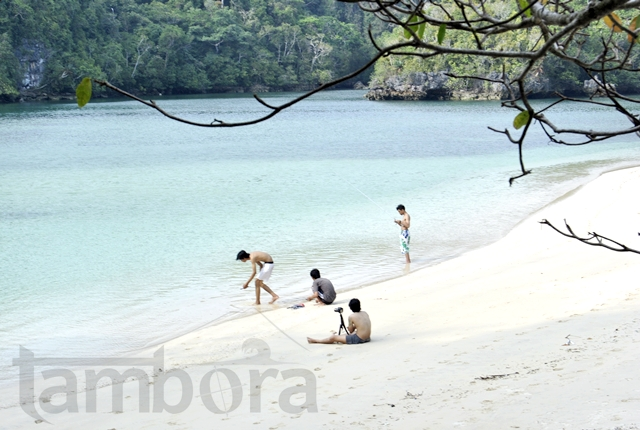 The beach' nya indonesia