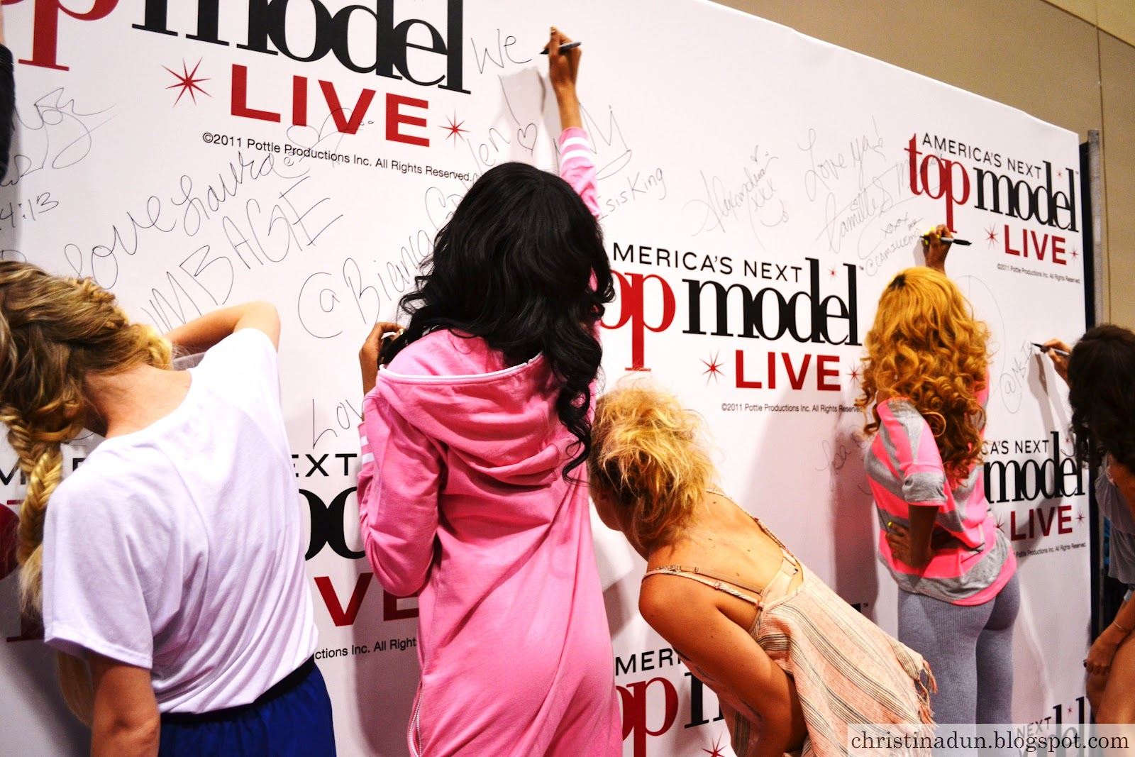 Signing The Antm Wall!