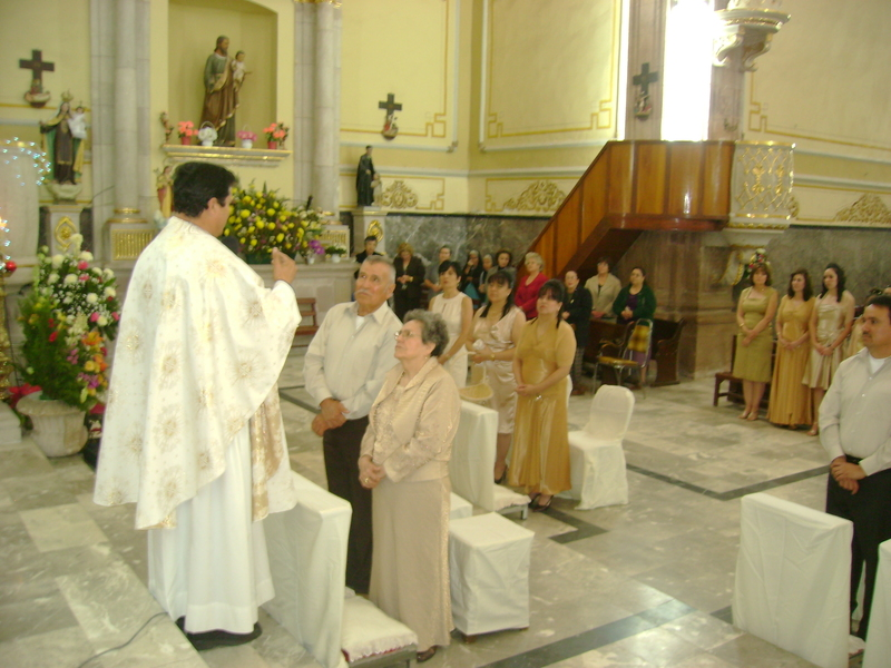 Matrimonio Catolico Misa : Católico de javier olivares baionés jubilado baiona