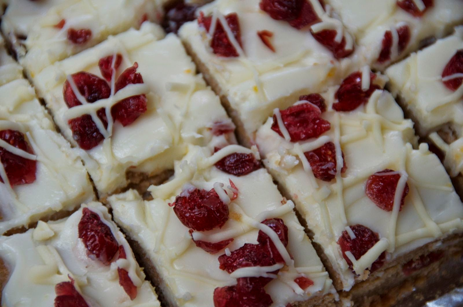 Cranberry Bliss Blondies | Cheesy Pennies
