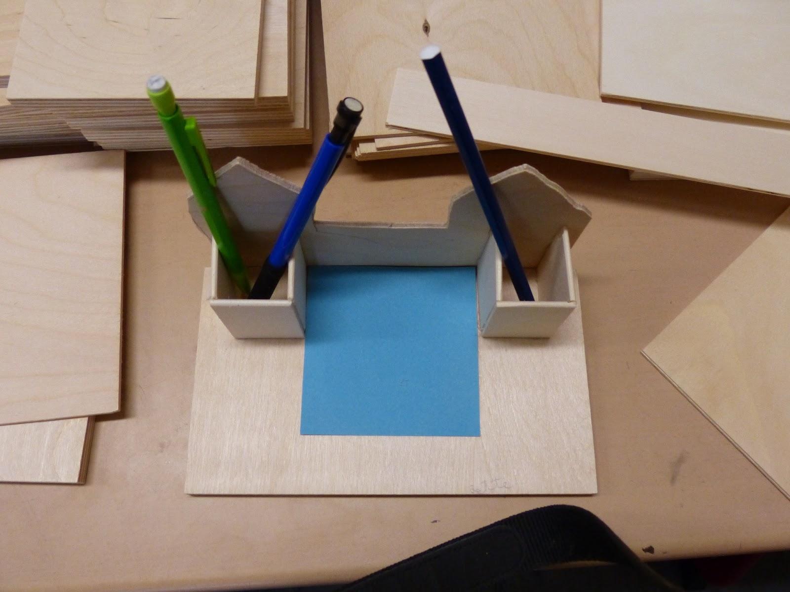 laubs gearbeiten f r und von m dchen und jungs zettelbox stiftehalter aus holz werken in. Black Bedroom Furniture Sets. Home Design Ideas