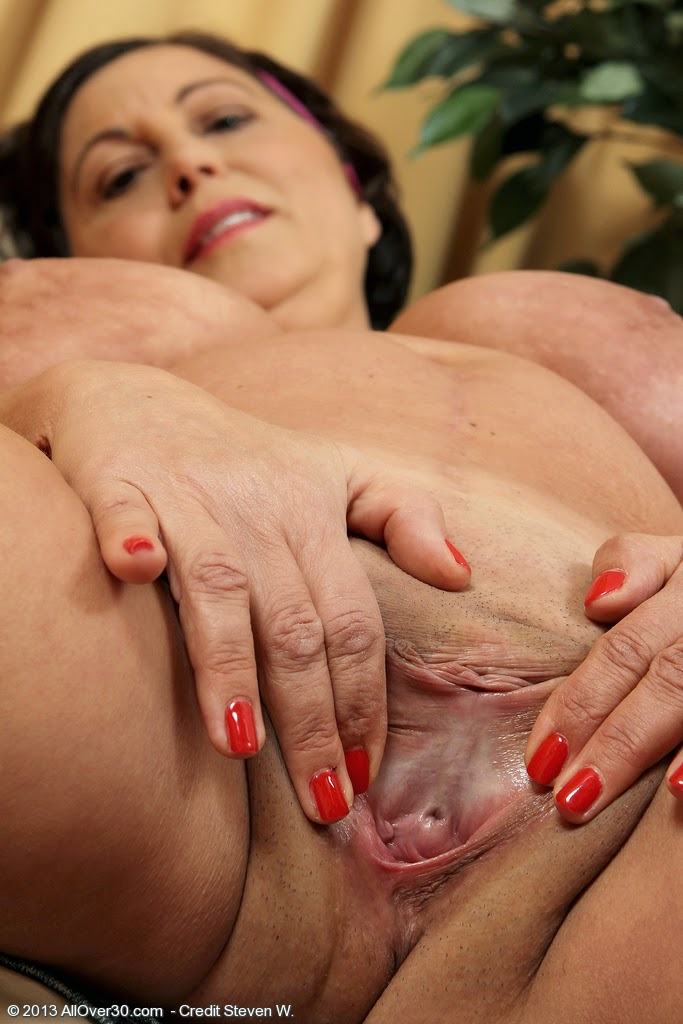 фото вагин зрелых женщин онлайн
