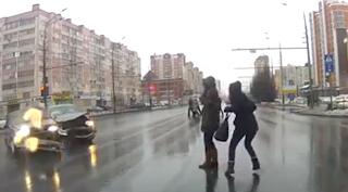 Câmera flagra acidente na Rússia