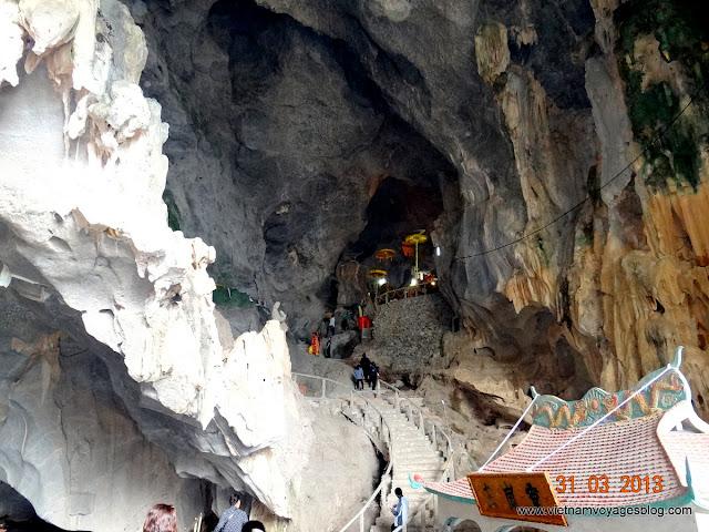 Baie d ' Halong chez minorités des Muong - Thun Nai Village