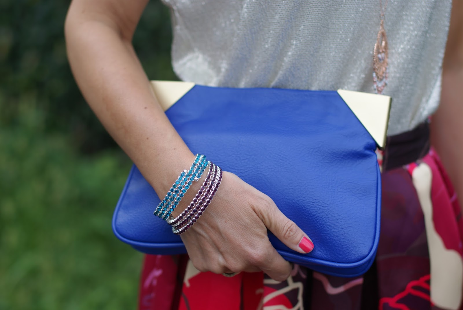 Purple Zara clutch on Fashion and Cookies fashion blog