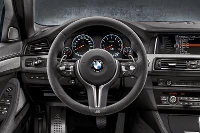 BMW M5 30 de ani