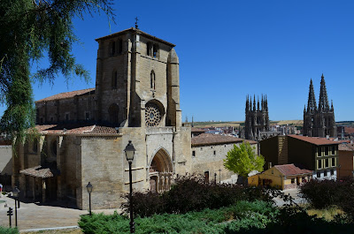 san esteban y la catedral de burgos, bajada del castillo