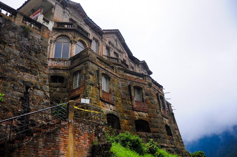 Resultado de imaxes para El hotel Tequendama Falls - Bogotá, Colombia