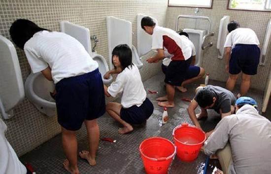 Anak Sekolah Di Jepang