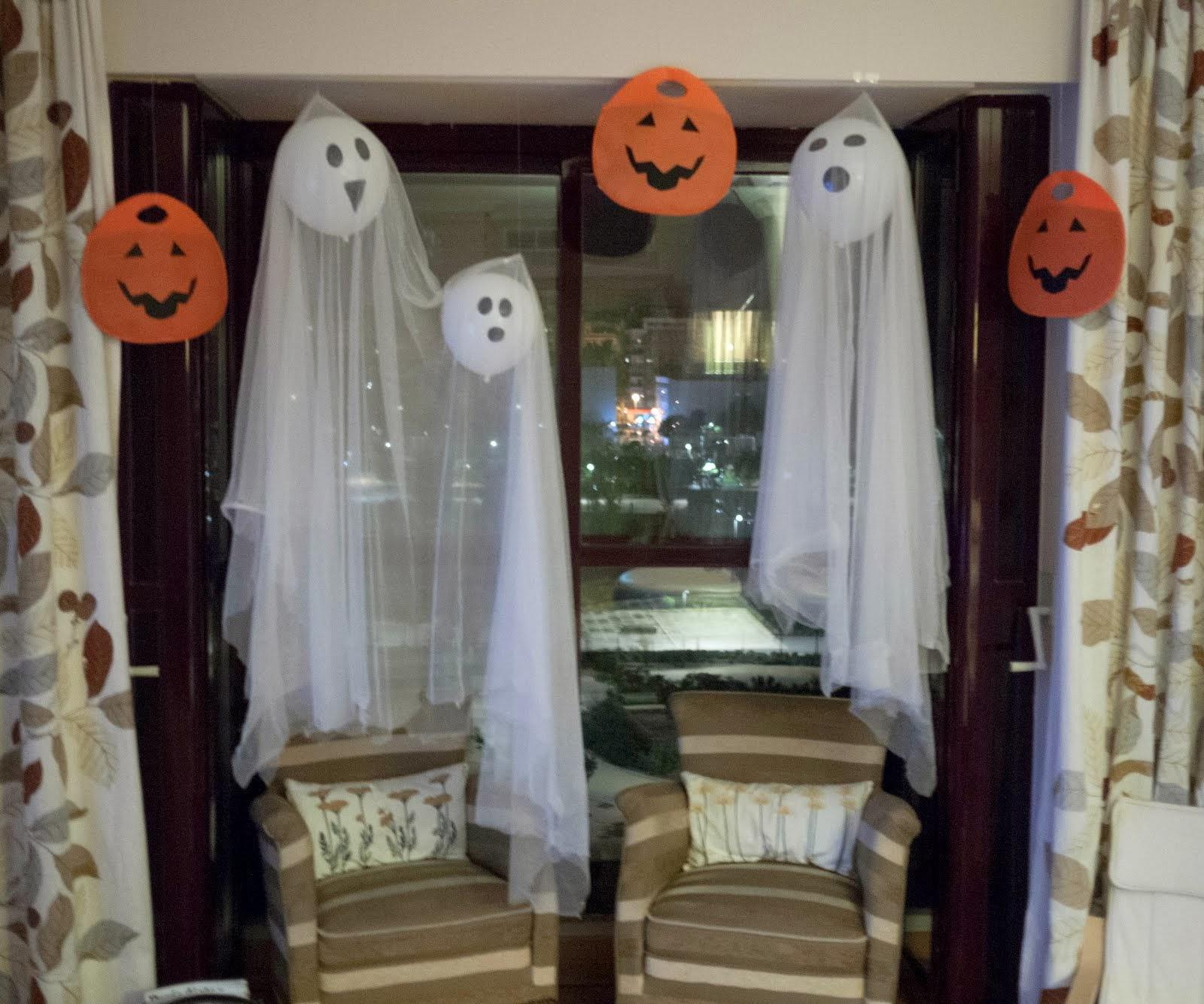 No sin mis hijos c mo hacer fantasmas de globos para for Como decorar para halloween