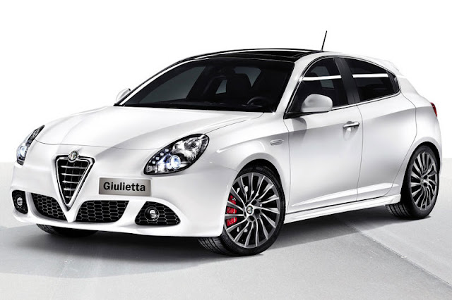2012-Alfa-Romeo-Giulietta-Wallpaper