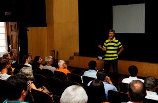 Secretário de Meio Ambiente José Carlos Simonini se apresenta em reunião do Comdema