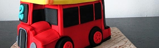 Header picture of sculpture London bus