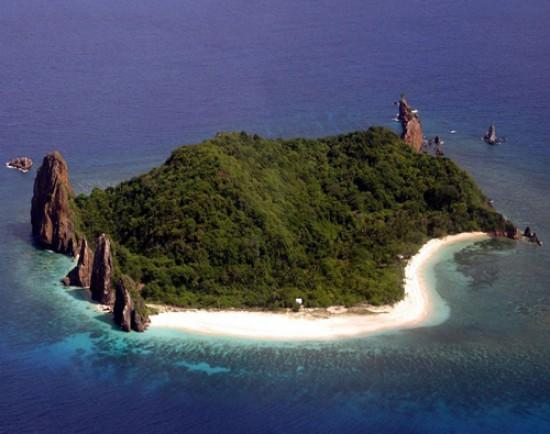 شاهد أغرب  10 جزر حول العالم معروضة للبيع بالاسعار